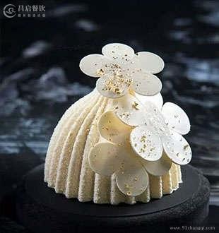 白巧克力慕斯-法爵西点蛋糕加盟