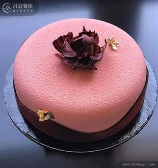 法式草莓慕斯-法爵西点蛋糕烘焙加盟