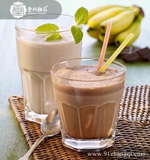 香蕉巧克力奶昔 _堂代甜品