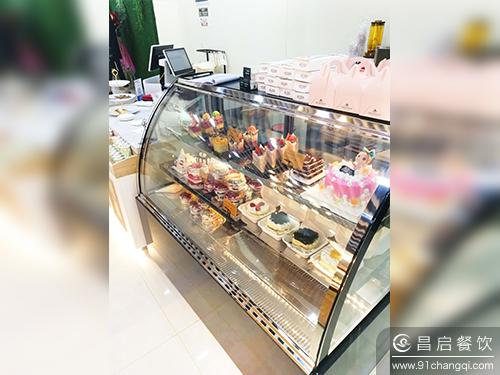 福恩迪手工吐司蛋糕展柜图_福恩迪手工吐司加盟官网
