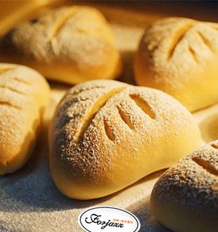 蔓越莓奶酥软欧包-法爵法式烘焙加盟