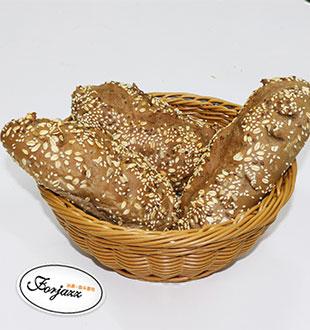 爆裂杂粮-法爵法式面包加盟