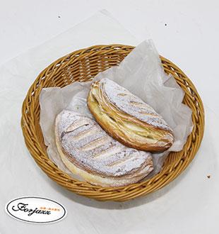 苹果月半弯-法爵法式面包烘焙加盟