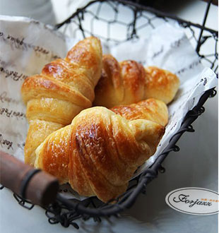 丹麦牛角包-法爵音乐面包加盟
